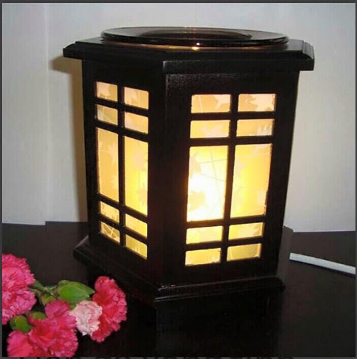 Đènxông tinh dầu gỗ lá phong